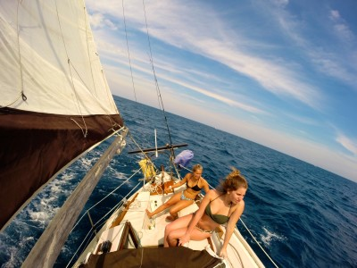 Sailing With Famiy